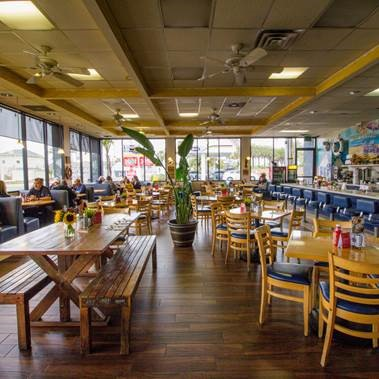 Harbor House Cafe - Oceanside
